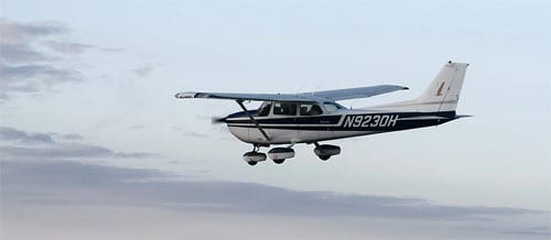 Самолет Cessna-172 Skyhawk