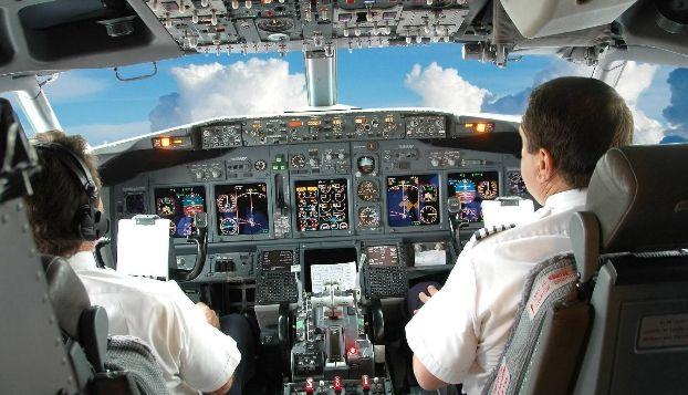 В кабине у пилотов