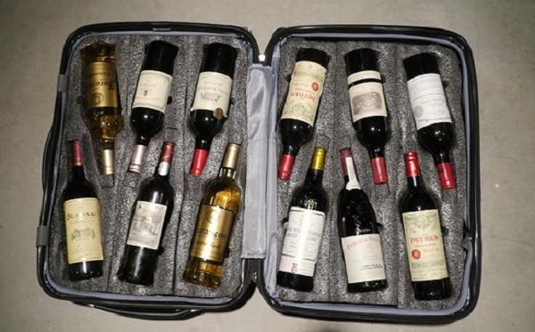 Бутылки в чемодане