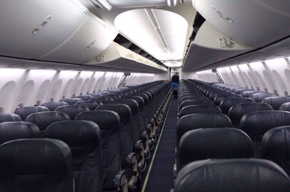 Фото салона Боинг-737-800 Победы