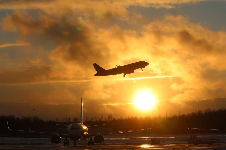Взлет самолета